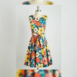 Modcloth Ixia Hour by Flower Dress Retro Blossoms